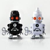 Salero y Pimentero Robots de cuerda