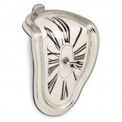 Reloj derretido al estilo Dalí